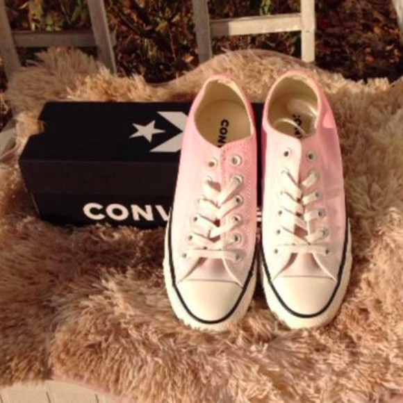 Converse Chuck Taylor Ombre Wash Ox Sneakers NWT